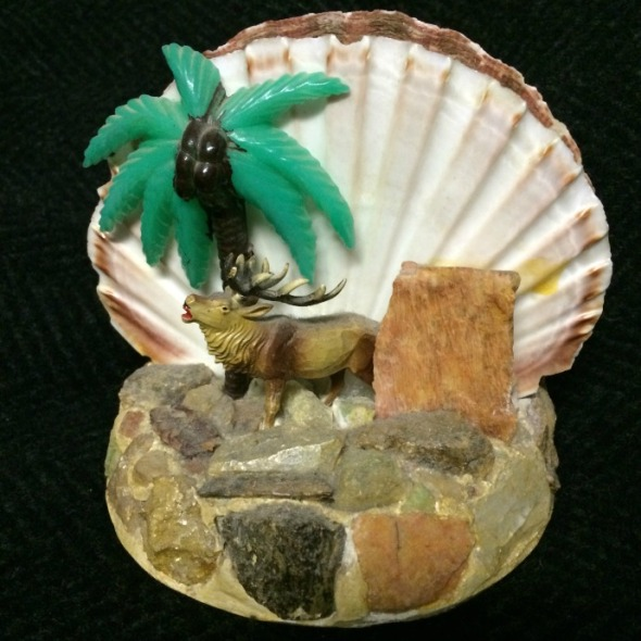 moose and coconut tree souvenir napkin holder
