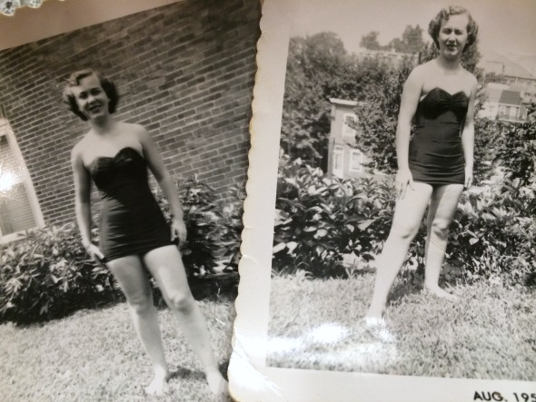 1950s swimsuit
